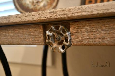 Desk water spigot knob